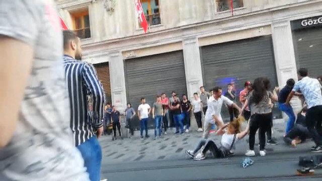 İstiklal Caddesinde cam şişe ve kemerlerle meydan savaşı