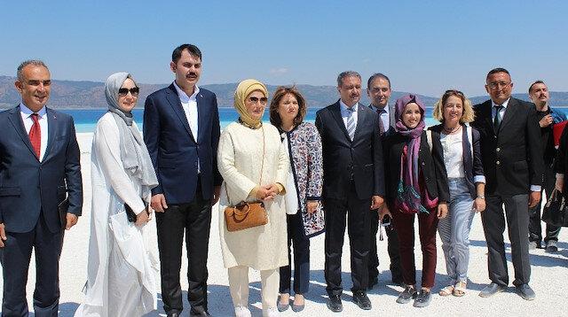 Emine Erdoğan Salda Gölünde