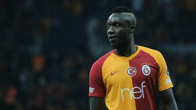 Sarı-kırmızılı kulübün geçen sezonun devre arasında Kasımpaşa'dan kadrosuna kattığı 27 yaşındaki santrafor, sezonun ilk yarısında 20, ikinci yarısında 10 kez olmak üzere toplamda 30 kez fileleri havalandırarak gol kralı olmuştu.