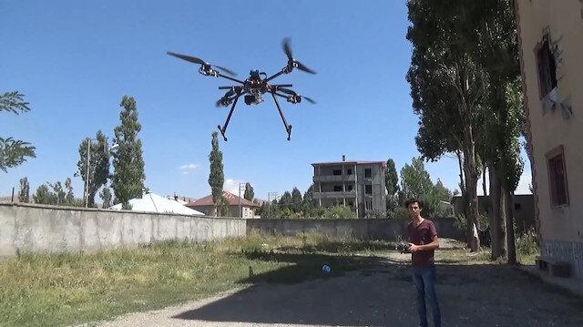 Yüksekovalı genç hurda malzemelerle drone yaptı