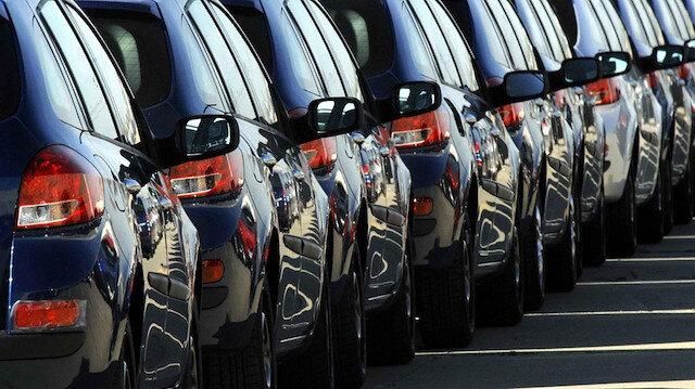 Satışlar, ağustosta bir önceki yılın aynı ayına göre de otomobilde yüzde 20,14 azaldı.