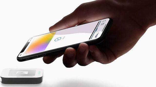 Apple şirket satışlarını arttırmak için düşük maliyetli modellere yoğunlaştı.