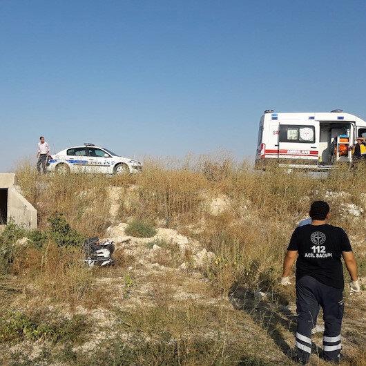 Motosiklet devrildi: Kasksız sürücü öldü