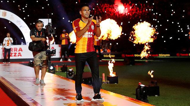 Radamel Falcao, Galatasaray ile 3 yıllık sözleşme imzaladı.