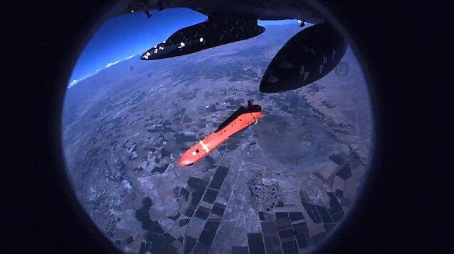 SOM-B2 füzesinin ilk atış testinin görüntüsü yayımlandı.