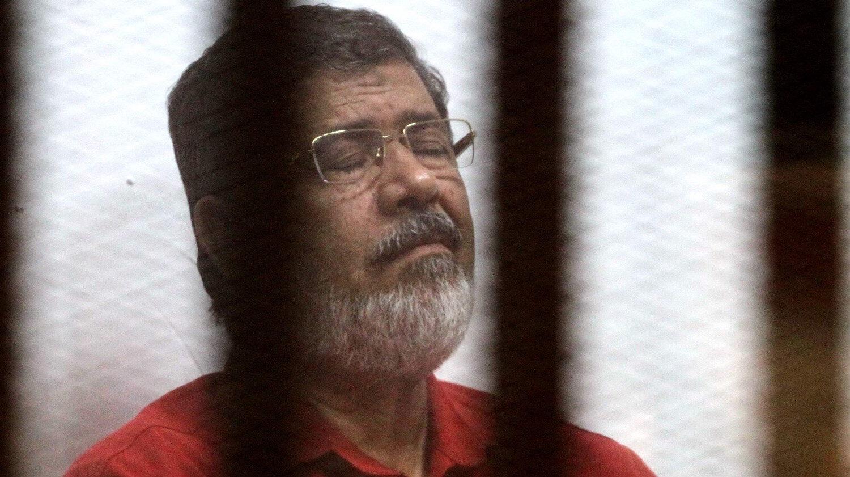 Mısır eski Cumhurbaşkanı Muhammed Mursi, mahkeme salonunda kalp krizi geçirmesinin ardından hayatını kaybetmişti.