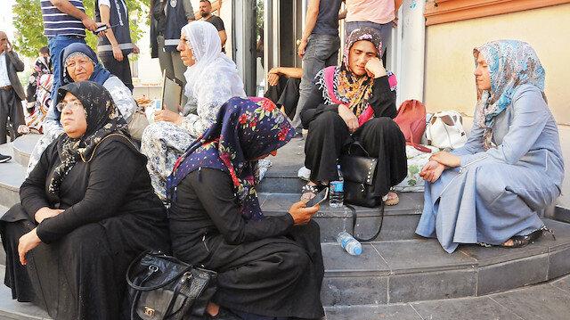 HDP aileleri tehdit ediyor