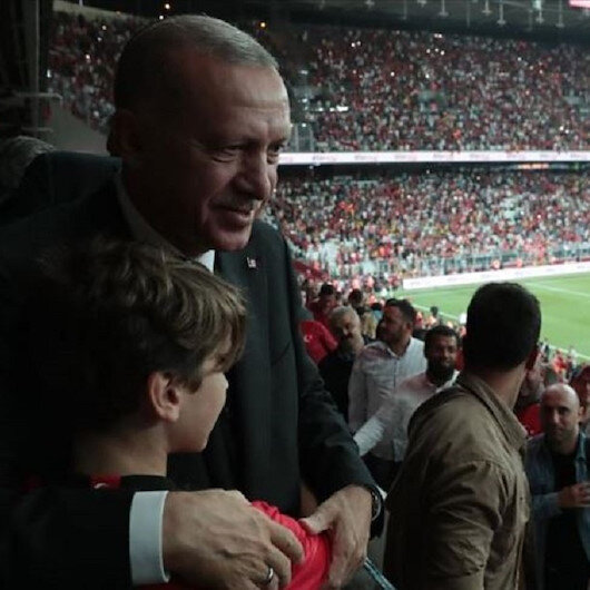 الرئيس أردوغان يهنئ المنتخب التركي بفوزه على أندورا