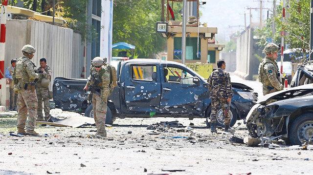 Afganistan'ın başkenti Kabil'de geçen hafta diplomatik misyonların bulunduğu semtin yakınında bomba yüklü minibüsle düzenlenen saldırıda, NATO bünyesinde görevli 2 asker de dahil en az 12 kişinin öldüğü bildirilmişti.