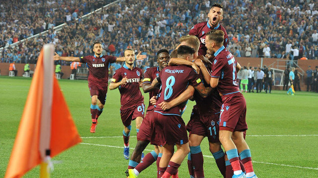 Trabzonspor, bu sezon oynadığı oynadığı futbolla göz dolduruyor.