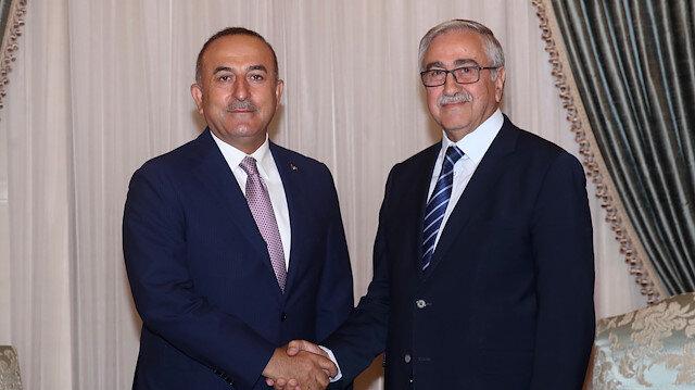رئيس شمال قبرص التركية يستقبل تشاووش أوغلو في لفكوشا