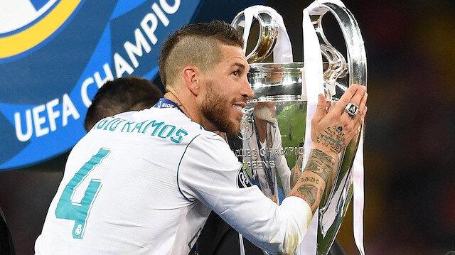 Sergio Ramos, kariyerinde 4 kez Devler Ligi kupasını kaldırdı.