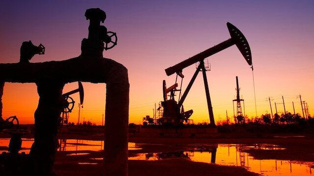 Brent petrolün varili 63,03 dolar