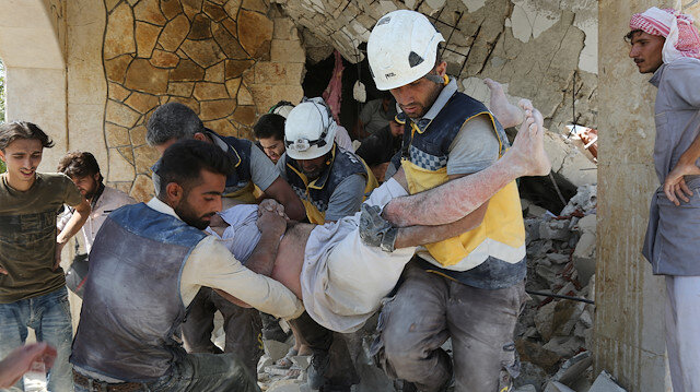 Airstrikes continue to hit Syria's Idlib