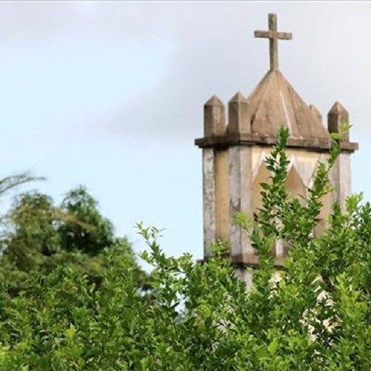 Senegal'de başörtüsünü yasaklayan Fransız okula uyarı
