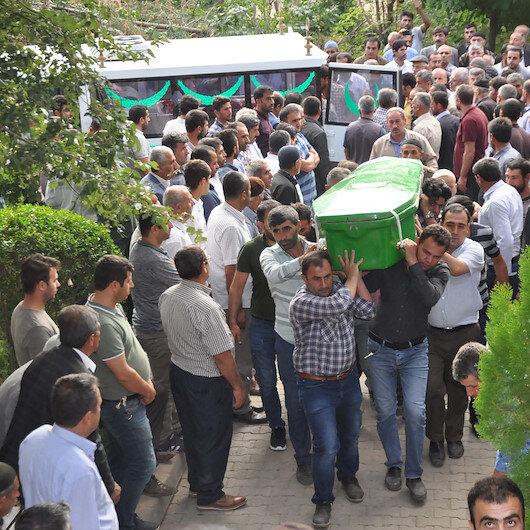 Bitlis'te feci kazada hayatını kaybeden 10 kişi toprağa verildi