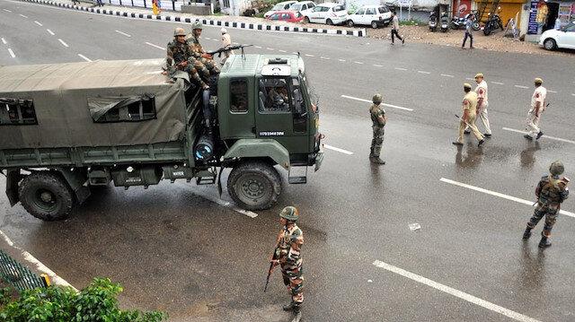 Hindistan, Cammu Keşmir'deki kısıtlamaları hafiflettiğini duyurdu. (arşiv)