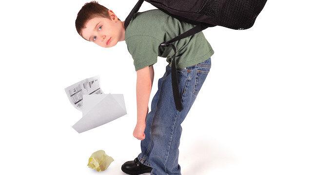 Çocuklarımızdaki duruş bozuklukları yeni çağın en büyük sorunu oldu.