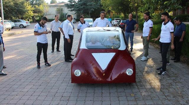 Üniversite öğrencileri elektrikli araç yaptı