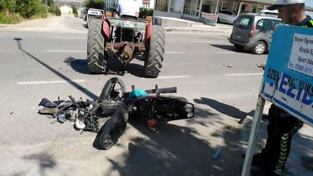 Çarpışmanın etkisiyle havaya fırlayan motosikletli kamerada