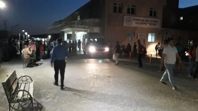 Yaralılar hastanede tedavi altına alındı.