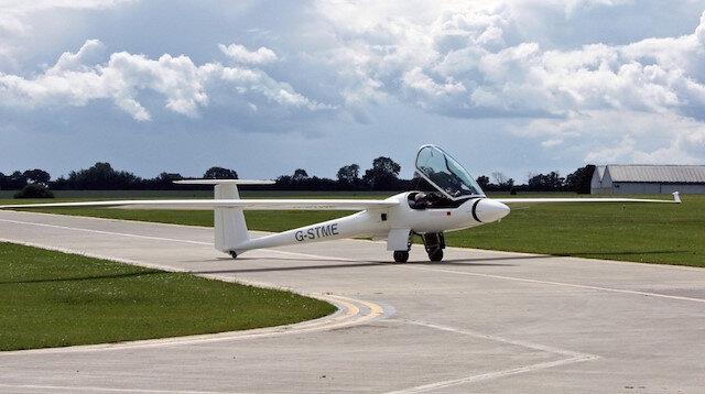 Türk pilot Osman Arıkan, Kanada'nın Alert bölgesinden, dünyanın en güney noktası Ümit Burnu'na 45 günde planörle uçacak.