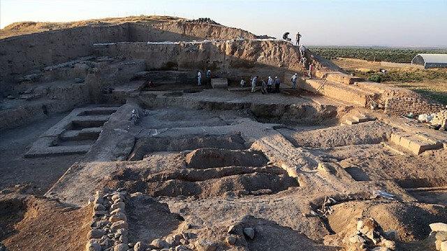 """العثور على بقايا قصر يعود لأربعة آلاف عام في """"كليس"""" التركية"""