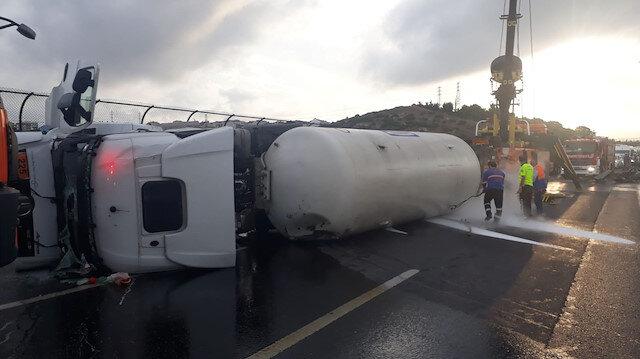 TEMi trafiğe kapatan kaza