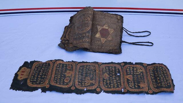 Diyarbakır'da altın yazmalı İncil ele geçirildi