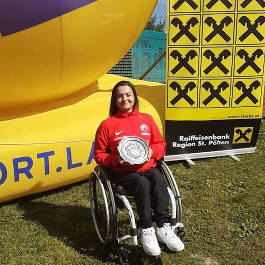 Wheelchair Tennis: Büşra Ün lifts trophy in Austria