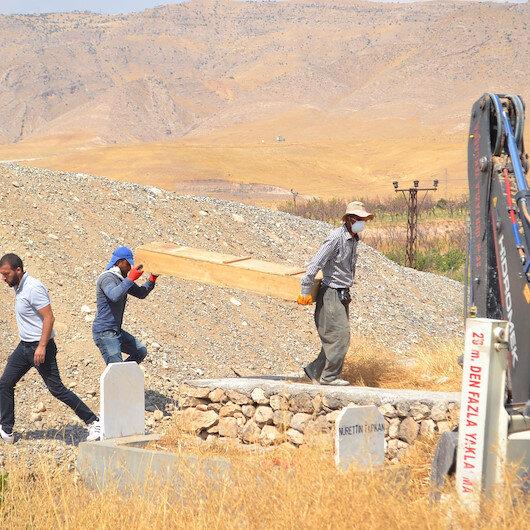 Hasankeyf'te bu kez mezarlar taşınıyor