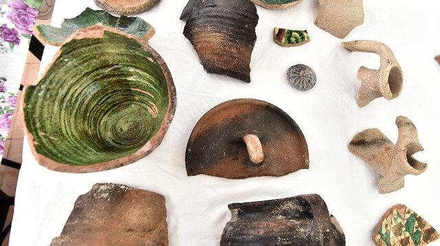 Ahlat'taki kazılarda 5 bin yıllık seramikler bulundu