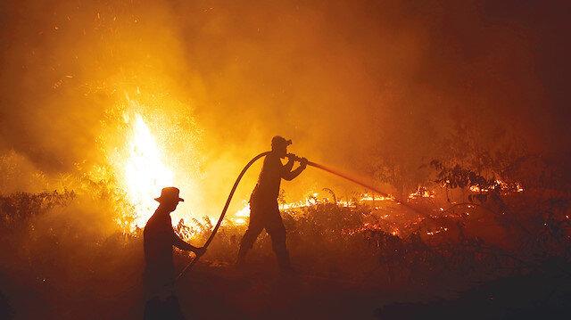 Endonezya'da yangın operasyonu