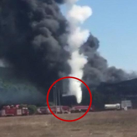 Tuzlada patlayan tankın itfaiye aracının üzerine düşme anı kamerada