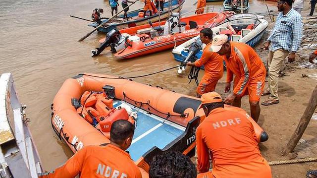 Hindistan'da alabora olan gezi teknesinde ölü sayısı 33'e yükseldi
