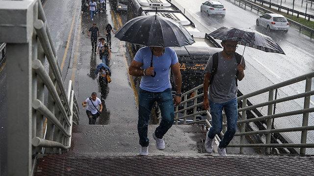İstanbul için Meteoroloji ve valilikten yağış uyarısı
