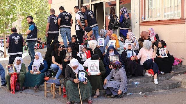 HDP binası önünde eylem yapan aile sayısı 43 oldu
