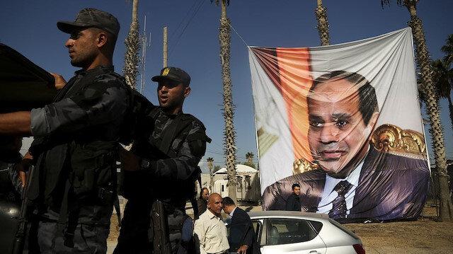 Mısır'da darbeci Sisi'ye karşı sokağa çıkma çağrısı yapıldı