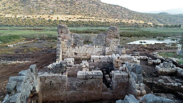 Myra-Andriake kazılarında Batı Hamamı gün ışığına çıkarıldı