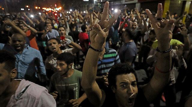 Mısır'da yolsuzluk isyanı: Göstericiler Sisi'nin istifasını istiyor