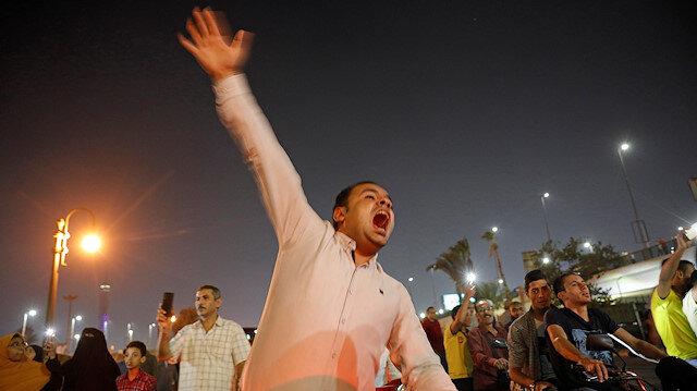 Mısır'da isyan ateşi yakıldı: Sisi'nin istifası isteniyor