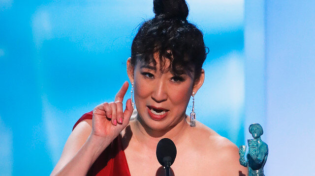 25th Screen Actors Guild Awards - Show - Los Angeles, California, U.S., January 27, 2019 - Actor Sandra Oh reacts after winning Outstanding Performance by a Female Actor in a Drama Series for her work in Killing Eve. REUTERS/Mike Blake