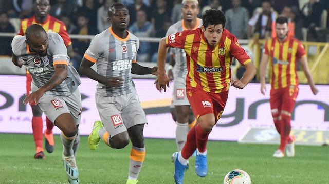 Galatasaray deplasmanda Malatyaspor ile 1-1 berabere kaldı.