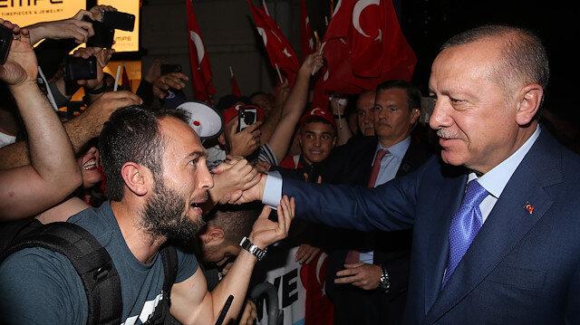 Cumhurbaşkanı Erdoğan'a ABD'de vatandaşlardan coşkulu karşılama