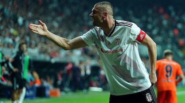 Burak Yılmaz, sakatlığı sonrasında çıktığı maçta penaltıdan golünü attı.