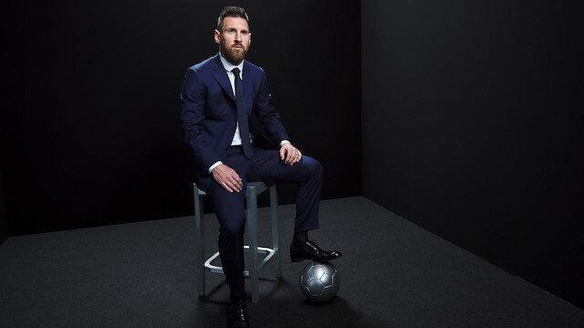 Yılın en iyi futbolcusu Barcelonalı Lionel Messi oldu