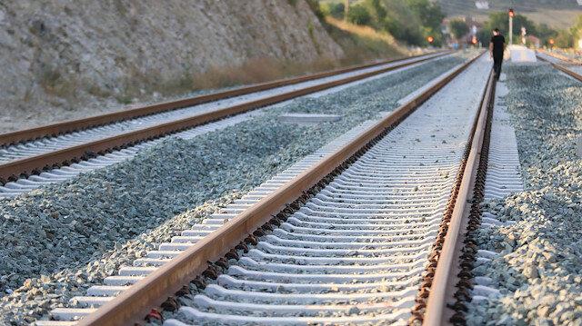 Ulaştırma Bakanı Cahit Turhan: Türkiye, demir yolu ile AB'ye bağlanıyor