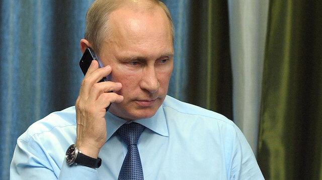 Kremlin açıkladı: Putin hangi telefonu kullanıyor?