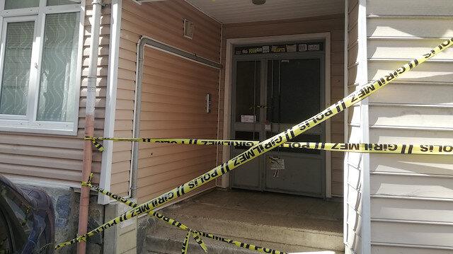 Silivri'de bir bina yapılan incelemelerin ardından mühürlendi.