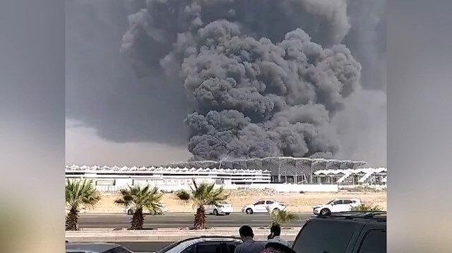 Suudi Arabistanda tren istasyonunda dev yangın